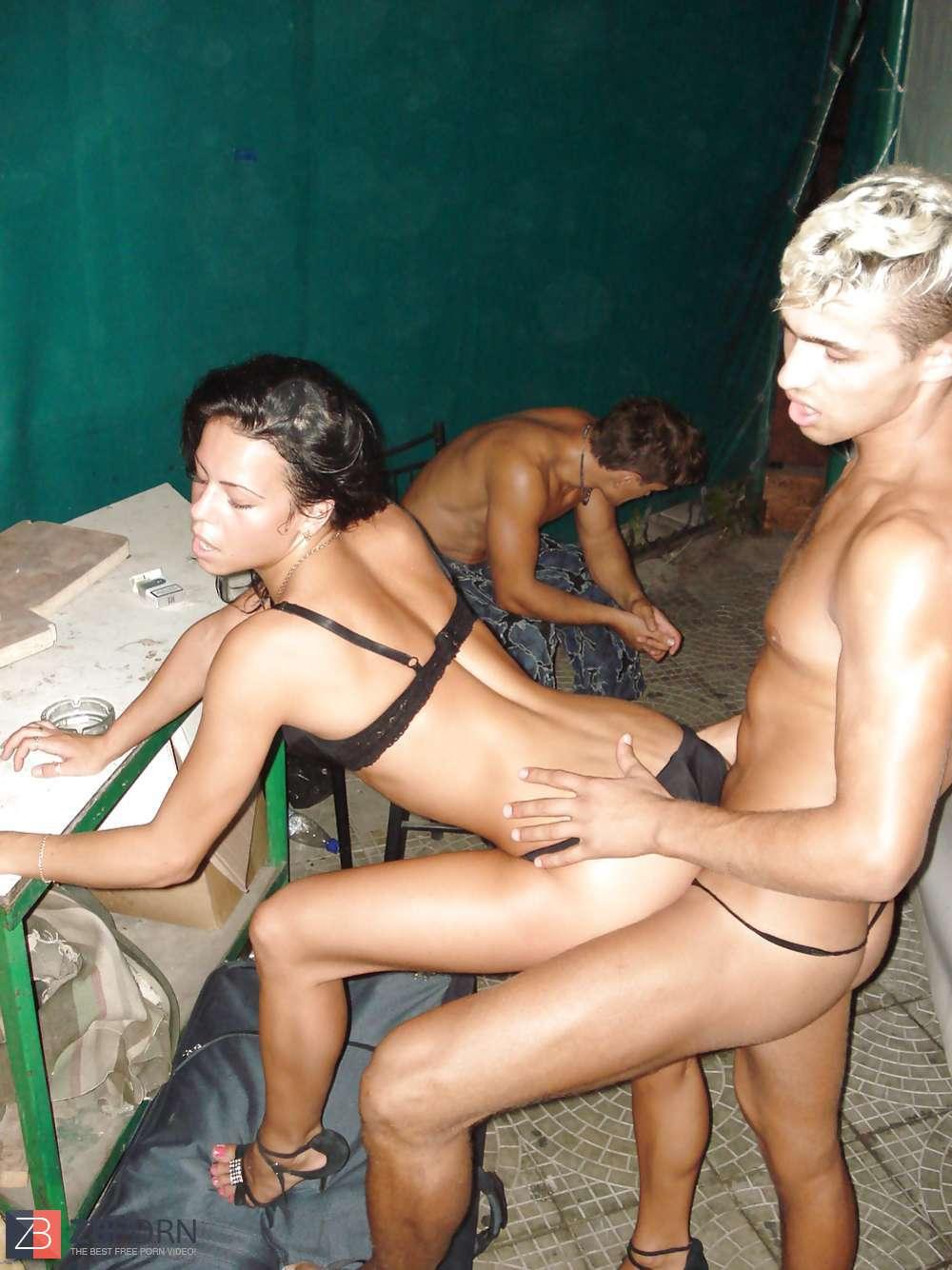 arquette nude in nowhere to run