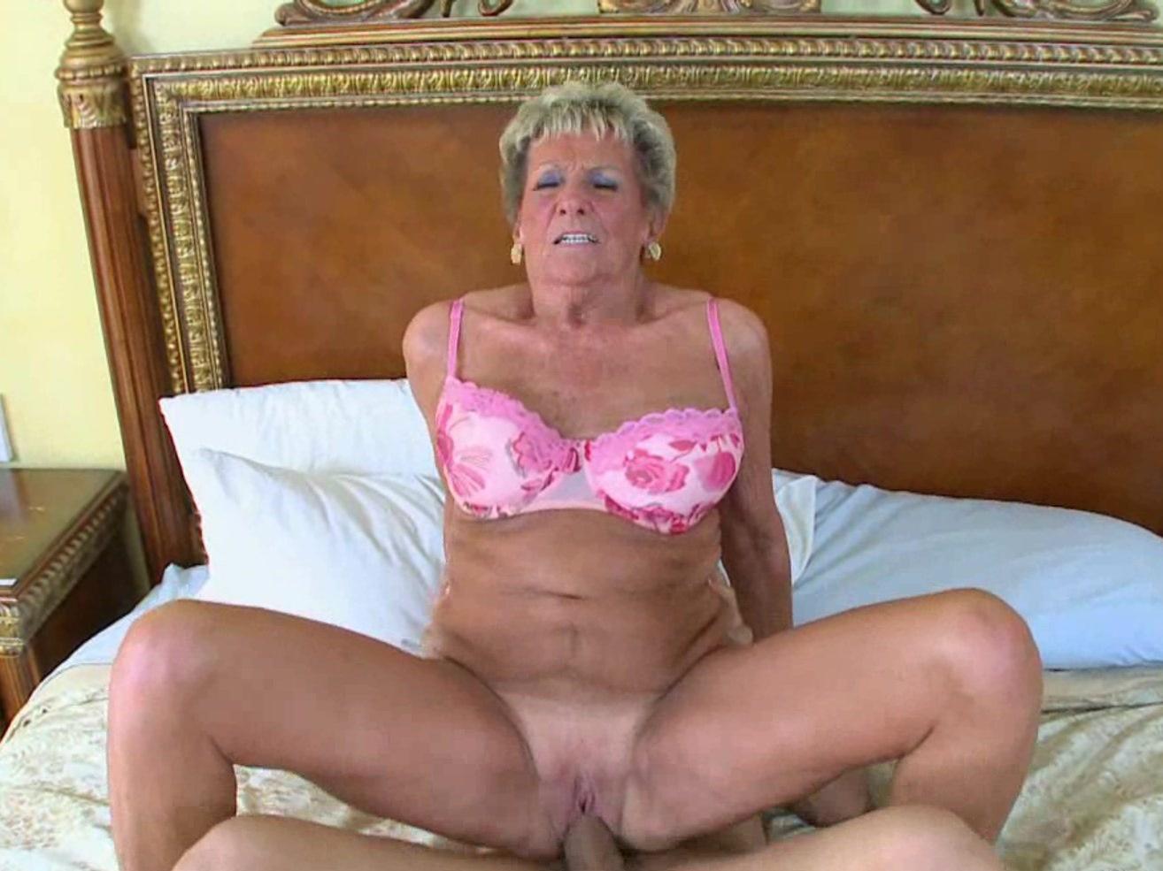 Older women free pics