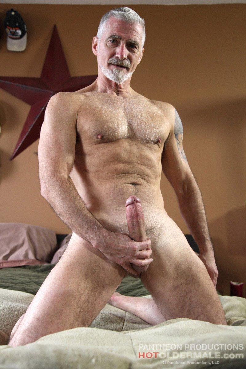 Old man naked Dallas man