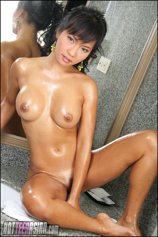 Asian free gallery hot naked woman