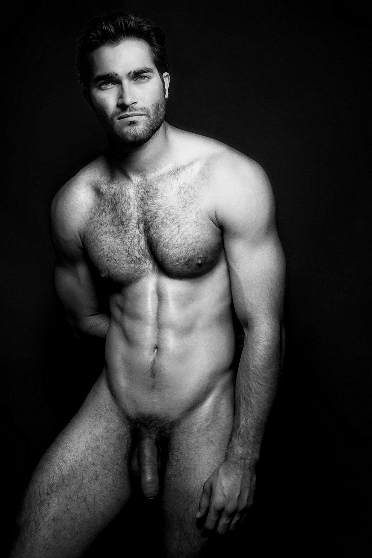 Hoechlin naked tyler Tyler Hoechlin