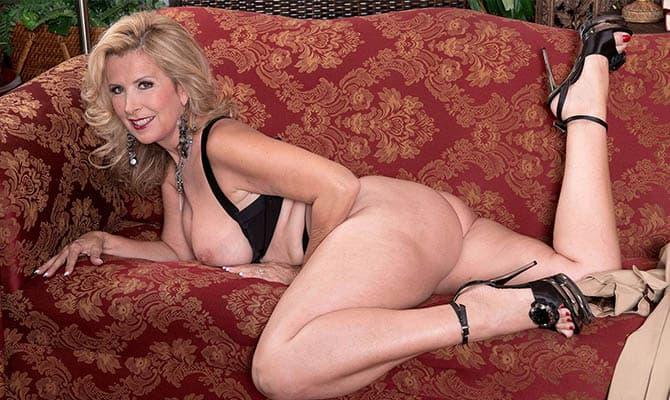 Granny porn beauty GRANNY PORN
