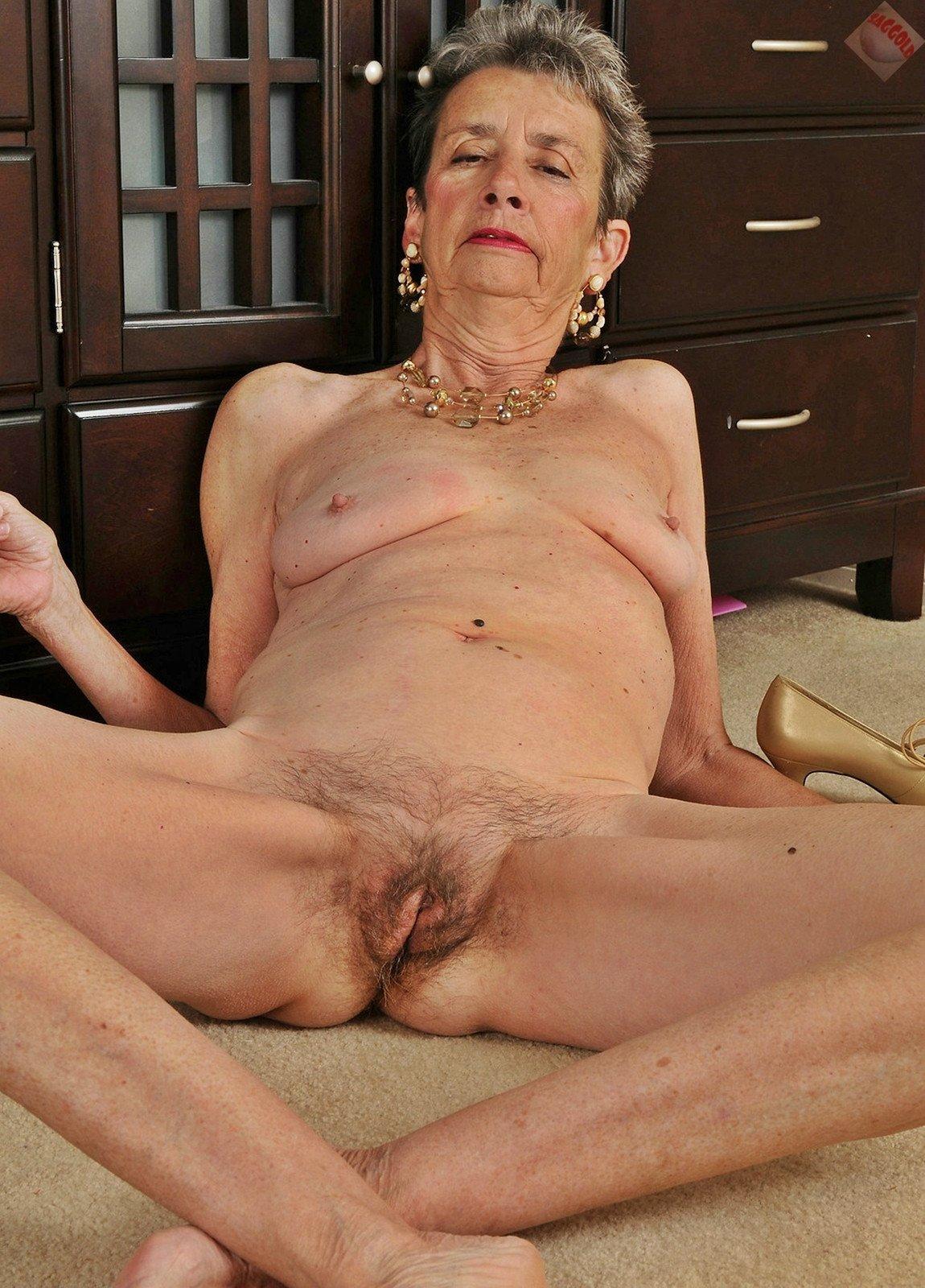 Granny vagina pics