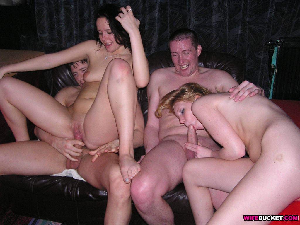 Amateur Swingers Porno homemade amateur swingers blowjob. xxx top archive 100% free.