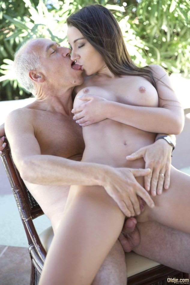 Amateur young sex xxx