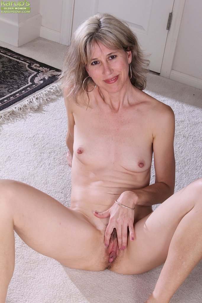 Nude small women The hottest