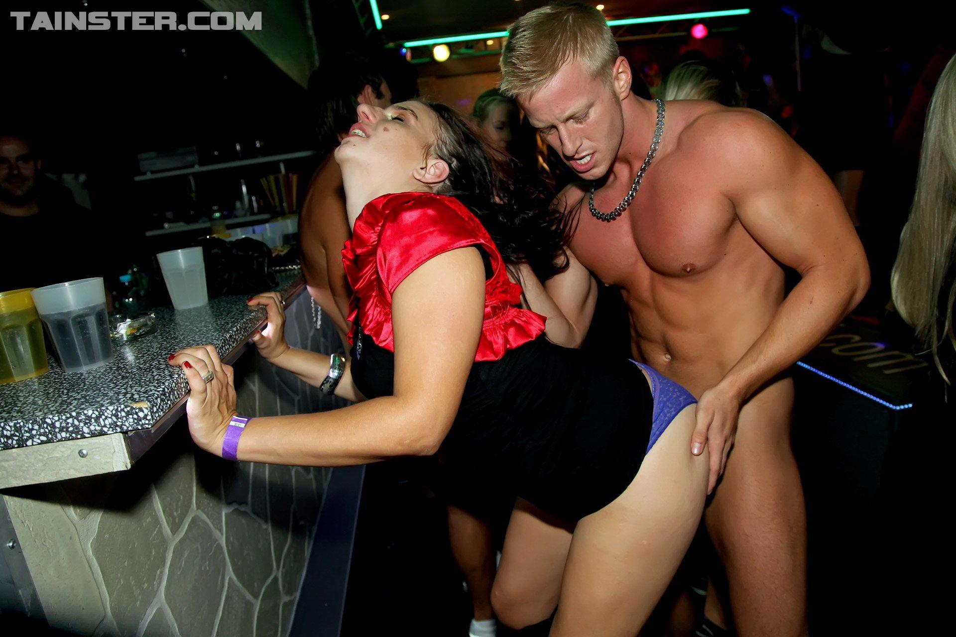 Drunk sluts fucking at parties xxx pics
